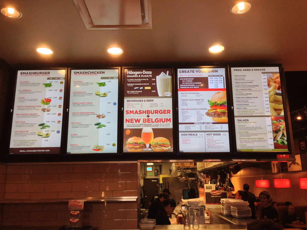 7 Reasons More and More Businesses are Using Digital Signage